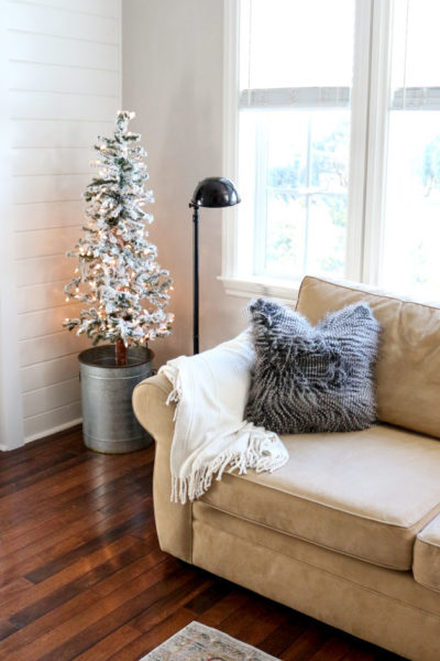 How to Make Your Home Cozy with Winter Decor