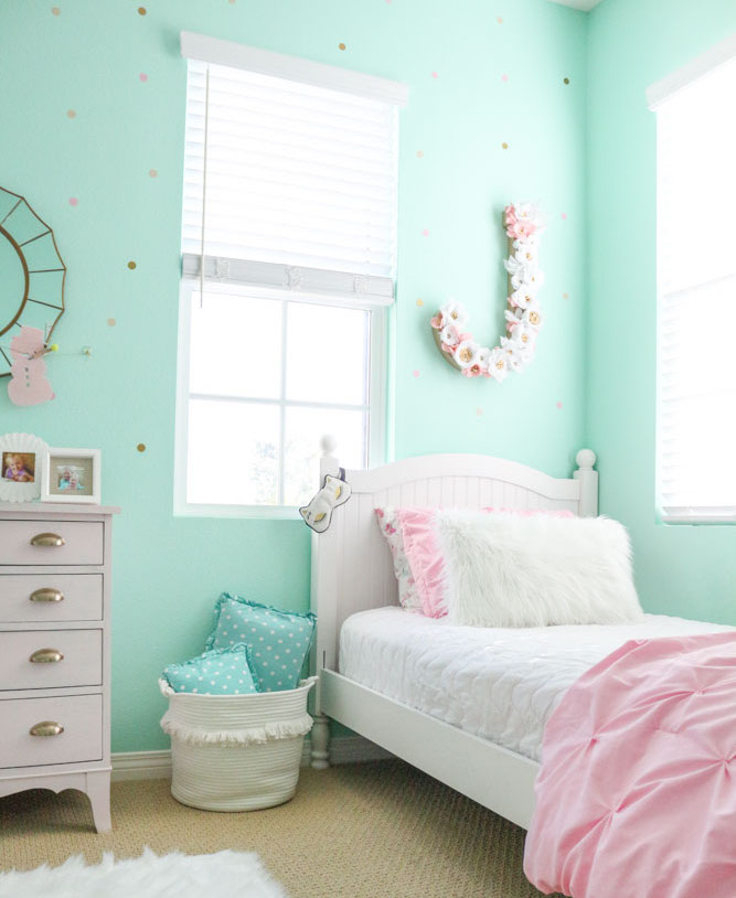girls-shared-bedroom-flower-letter-winter-bedroom-1111-light-lane-1-of-1