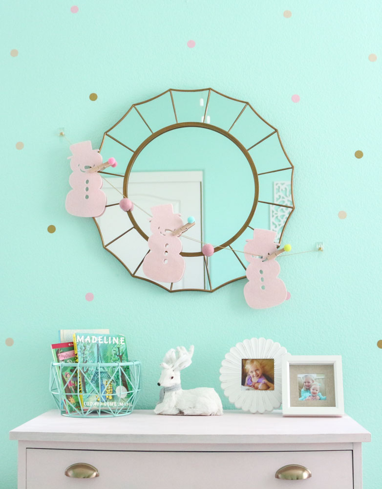 pink-snowman-garland-over-a-mirror-shared-girls-bedroom-1111-light-lane-1-of-1