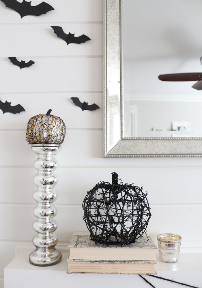 black-bats-shiplap-chic-halloween-mantel-1111lightlane-1-of-1