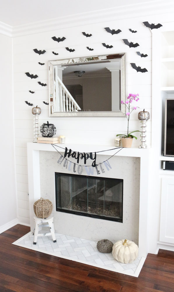 farmhouse-chic-halloween-mantel-shiplap-bats-1111lightlane-1-of-1