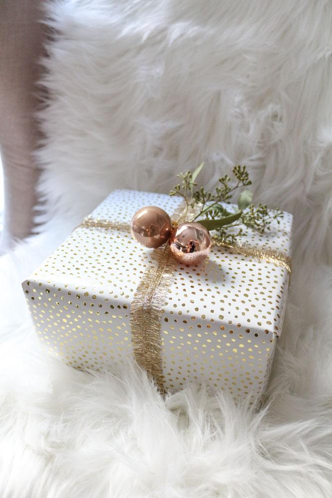gold-polka-dot-christmas-present-sugar-paper-1111-light-lane-1-of-1