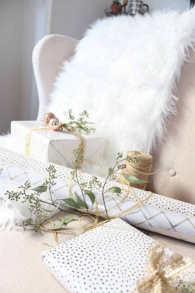 white-gold-christmas-present-sugar-paper-2-1111-light-lane-1-of-1