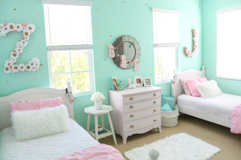 Girls Shared Cozy Winter Bedroom