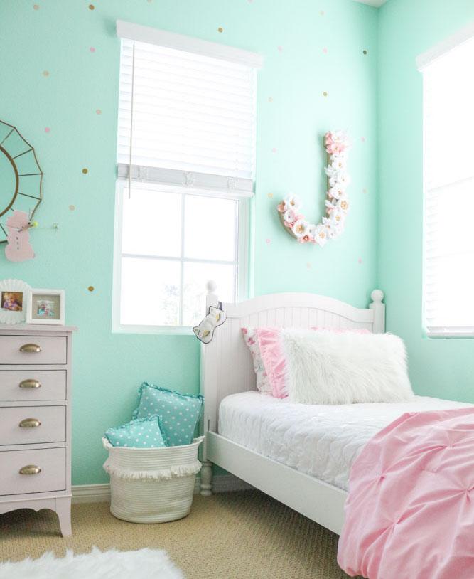 girls-shared-bedroom-flower-letter-winter-bedroom-1111-light-lane-1-of-1