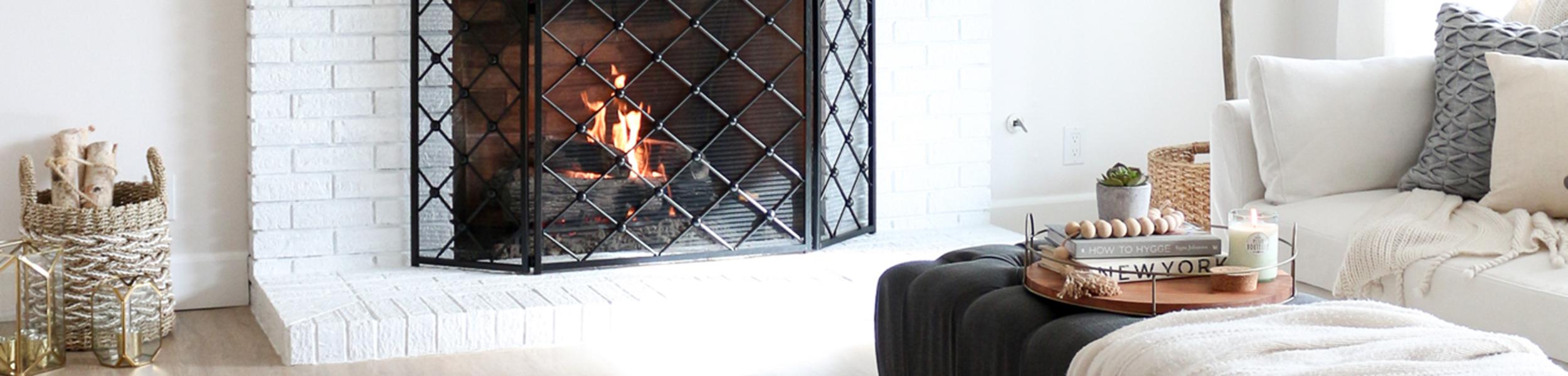 cozy-fireplace-living-room-hygge-1111lightlane11