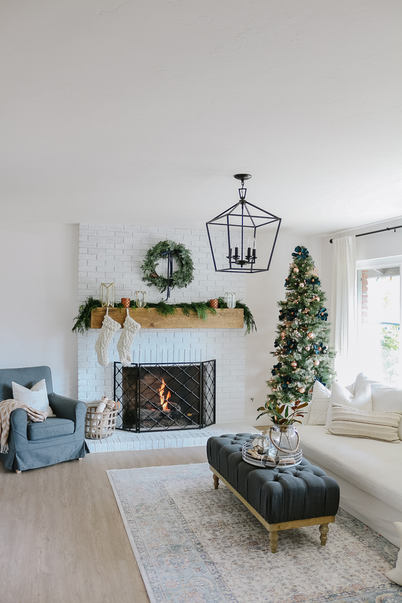 Modern Farmhouse Christmas Living Room With Navy Copper Rose